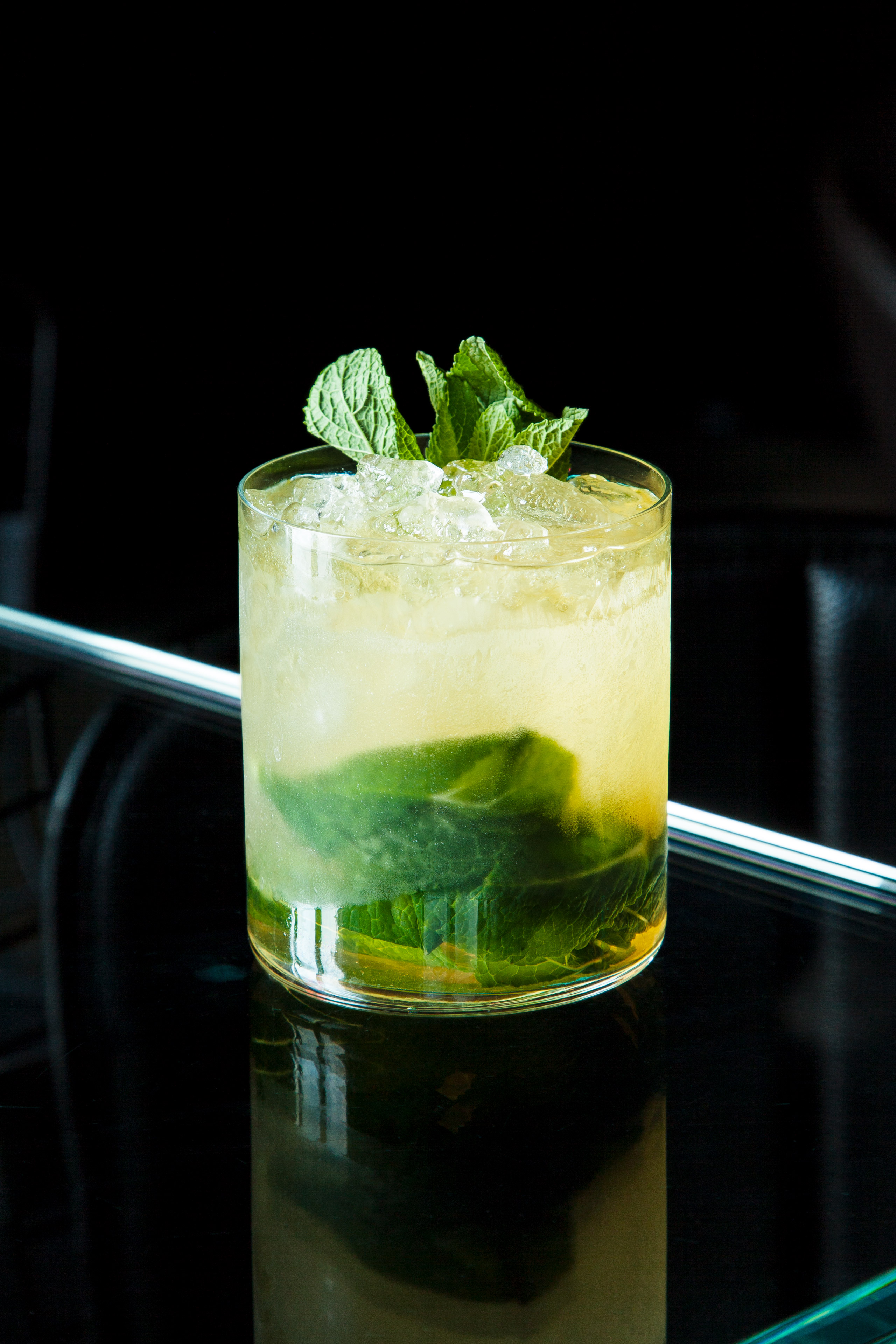 green cocktail fresh mint